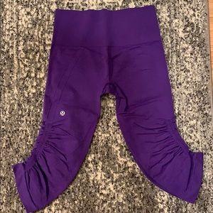 Women's Lululemon purple crop legging